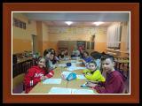zdjęcia dzieci podczas wieczoru meksykańskiego