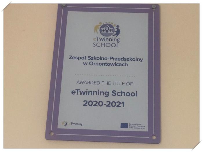 Zdjęcie certyfikatu naszej szkoły